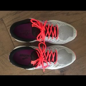 Brooks Shoes - Brooks running shoes